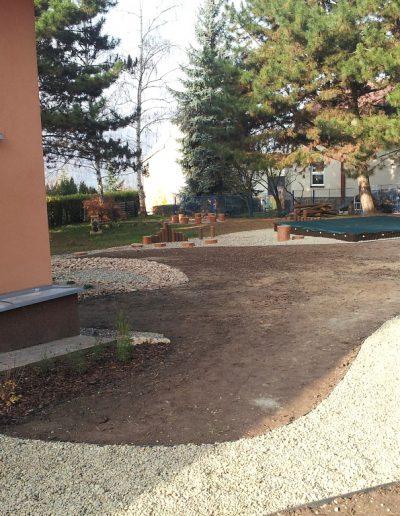 Zahrady (50)